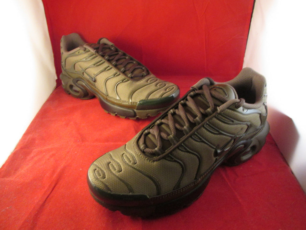 best service f6a0c 73431 Nike Air Max Plus GS Olive Green