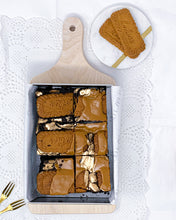 Load image into Gallery viewer, Bea Biscoff - Dark chocolate and Biscoff brownies