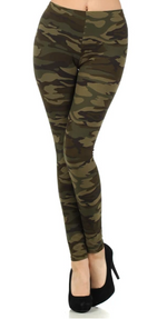 Load image into Gallery viewer, CAMO GREEN -REGULAR BAND LEGGING FLIRTY AND FEMME