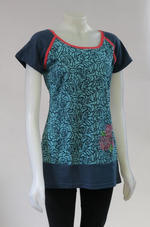 Load image into Gallery viewer, LEOPARDS AND ROSES ORGANIC COTTON TOP TT-T20315
