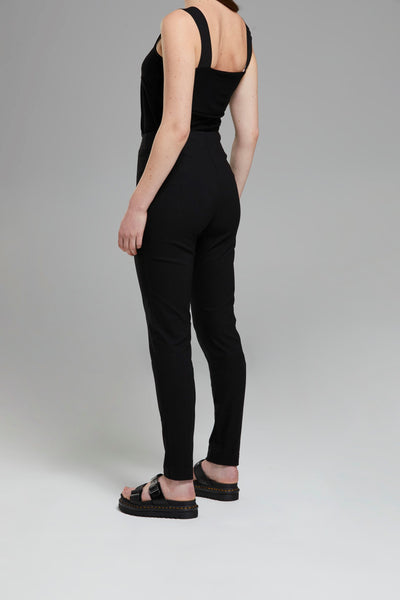 PIN TUCK LEGGING PANT