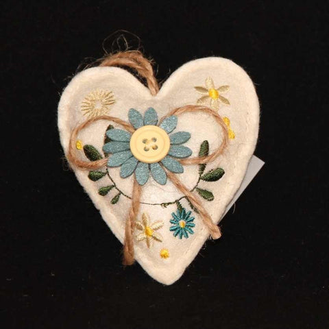 Gisela Graham Felt Embroidered Heart - Cream