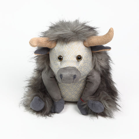 'Posh' Angus the Highland Cow Doorstop from Dora Designs