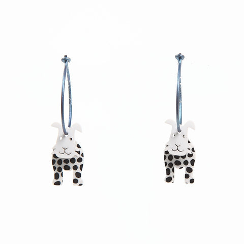 Lene Lundberg K-Form Black/White Dog Earrings
