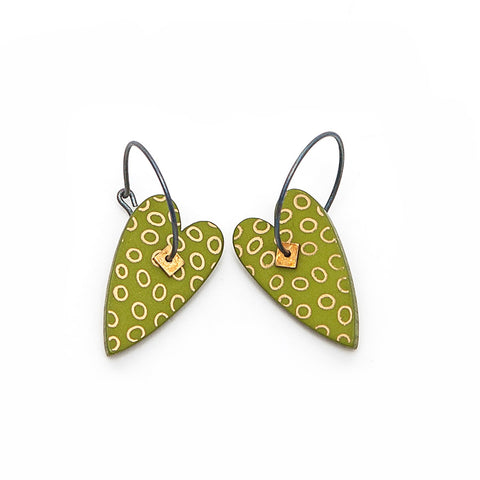 Lene Lundberg K-Form Green/Gold Heart Earrings