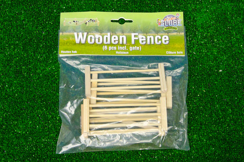 Kids Globe 1:32 Pack of 6 Fences  At Beattys Loughrea Galway. Www.beattys.ie