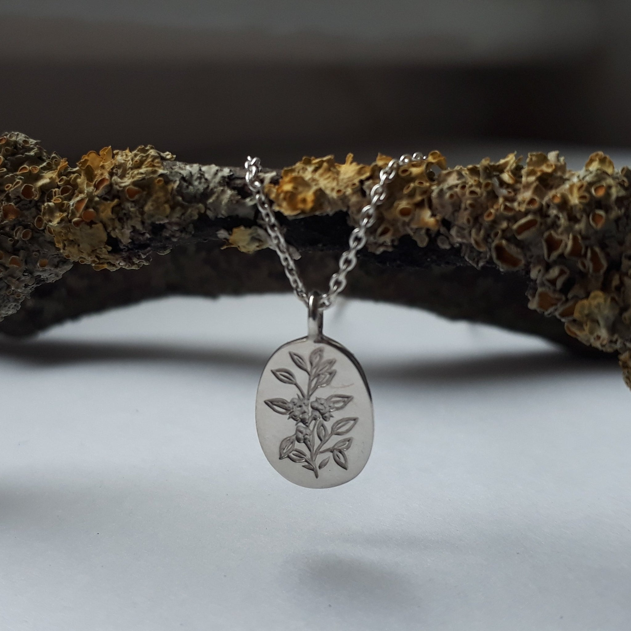 Tea Plant Necklace