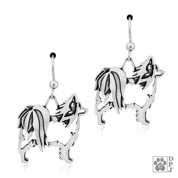 Papillon, w/Butterfly in ear, Body, Earring