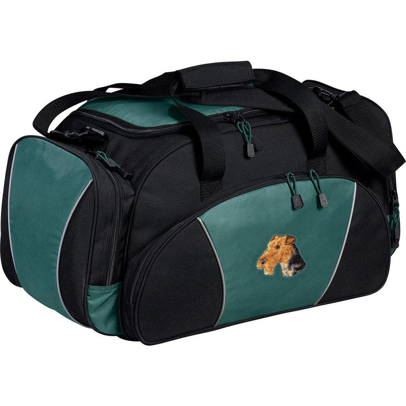 Embroidered Duffel Bags Hunter Green  Airedale Terrier D67