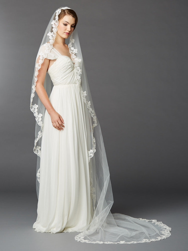 Single Layer Cathedral Mantilla Bridal Veil with Scalloped Lace Edge 4423V-I