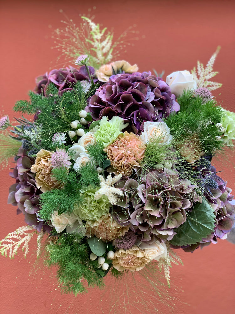 Load image into Gallery viewer, The Portofino Bouquet