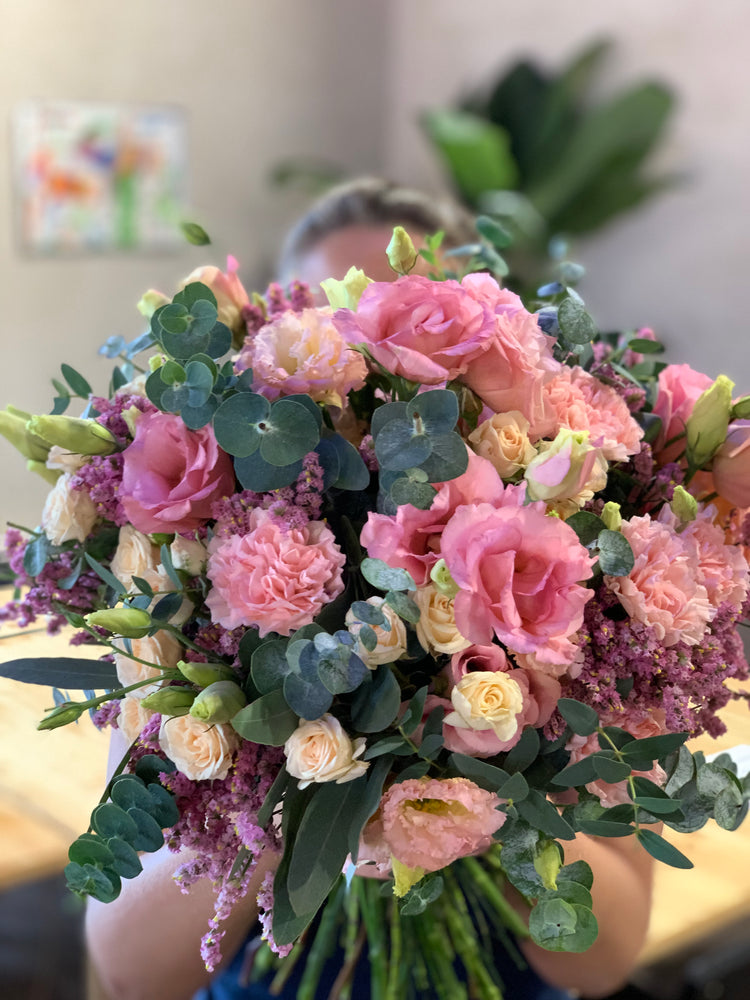 The Alegria Colorida Bouquet | Ticolas.com