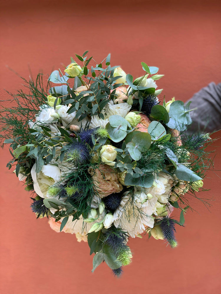 Load image into Gallery viewer, The Lipa Bouquet | Ticolas.com