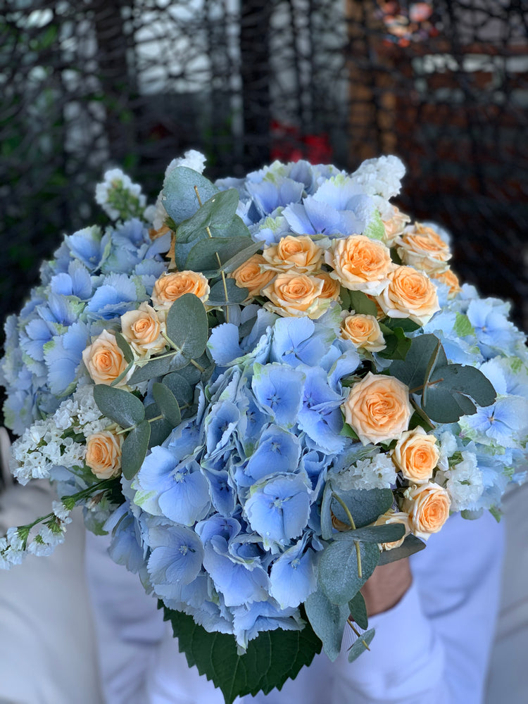 The Pastel Blooms Bouquet | Ticolas.com