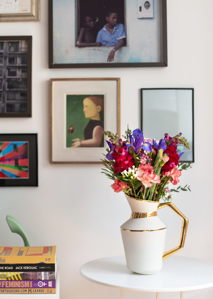 Load image into Gallery viewer, Let Ticolas choose flowers for you | Ticolas.com