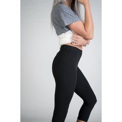 Awesome J Womens PLUS Capri Leggings Yoga band in Black