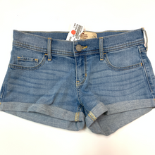 Load image into Gallery viewer, Hollister Shorts Size 1