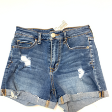 Load image into Gallery viewer, Aeropostale Shorts Size 2