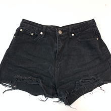 Load image into Gallery viewer, Missguided Shorts Size 9/10