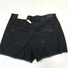 Load image into Gallery viewer, American Eagle Shorts Size 5/6
