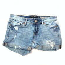 Load image into Gallery viewer, Aeropostale Shorts Size 00