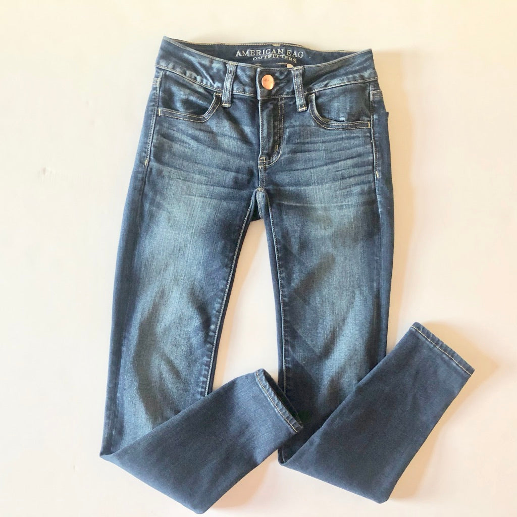 American Eagle  Denim WB- Size 9/10-30
