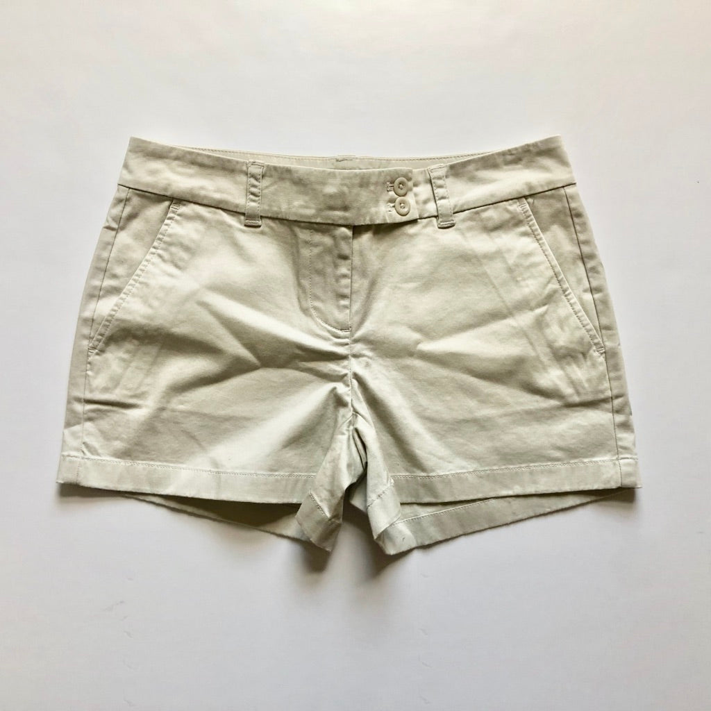 Vineyard Vines Shorts WB- Size 2