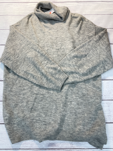 H & M Sweater Size Extra Large