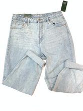Load image into Gallery viewer, Wild Fable Denim Size 9/10 (30)