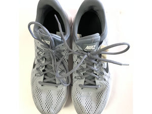 Nike Athletic Shoes Mens 9.5