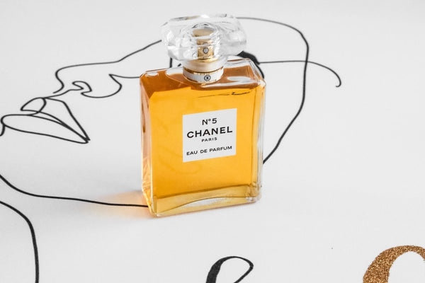 Chanel No.5 or Coco Mademoiselle: Which One Is Best for You? | My Perfume Shop