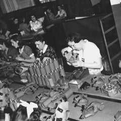Wartime production of respirators