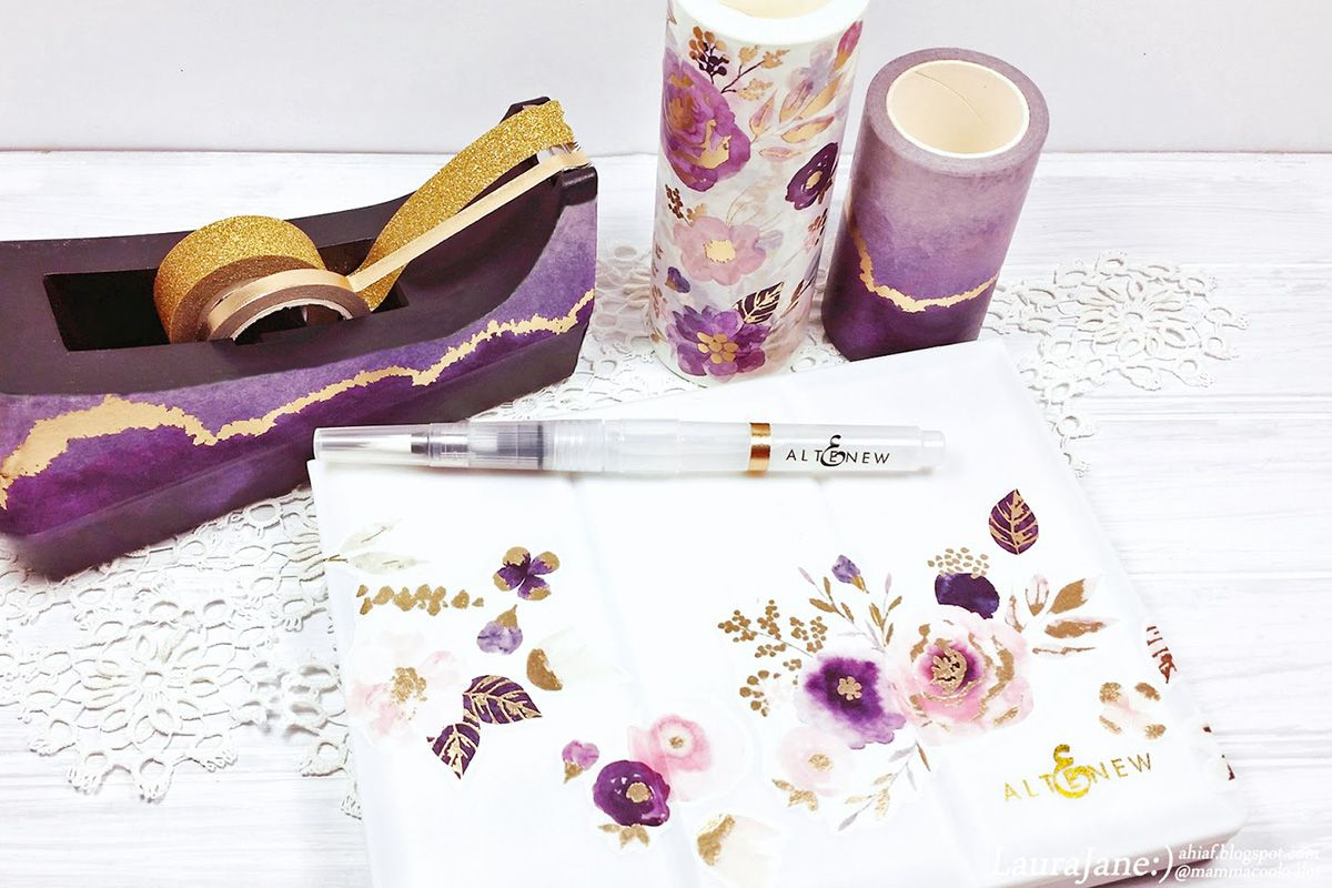 Personalize your watercolor set