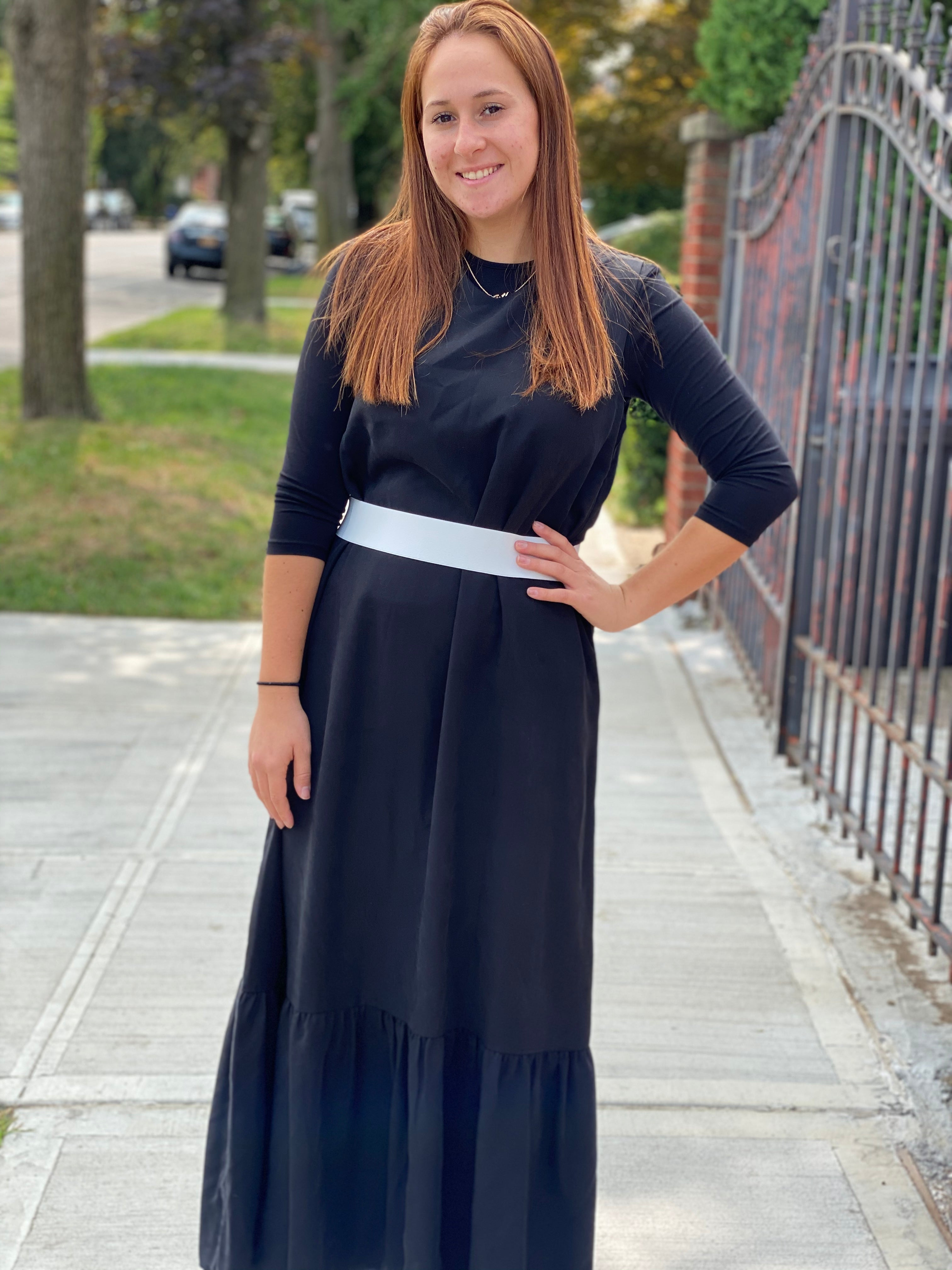 Sleeveless Belted Jumper