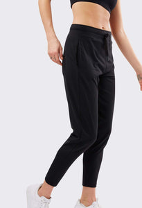 Airweight Mid-Rise Jogger Black