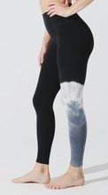 Load image into Gallery viewer, Sunset Legging Crest Wash Shadow/Onyx/Thunder