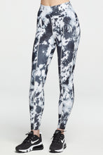 Load image into Gallery viewer, Rocky Legging Black and White