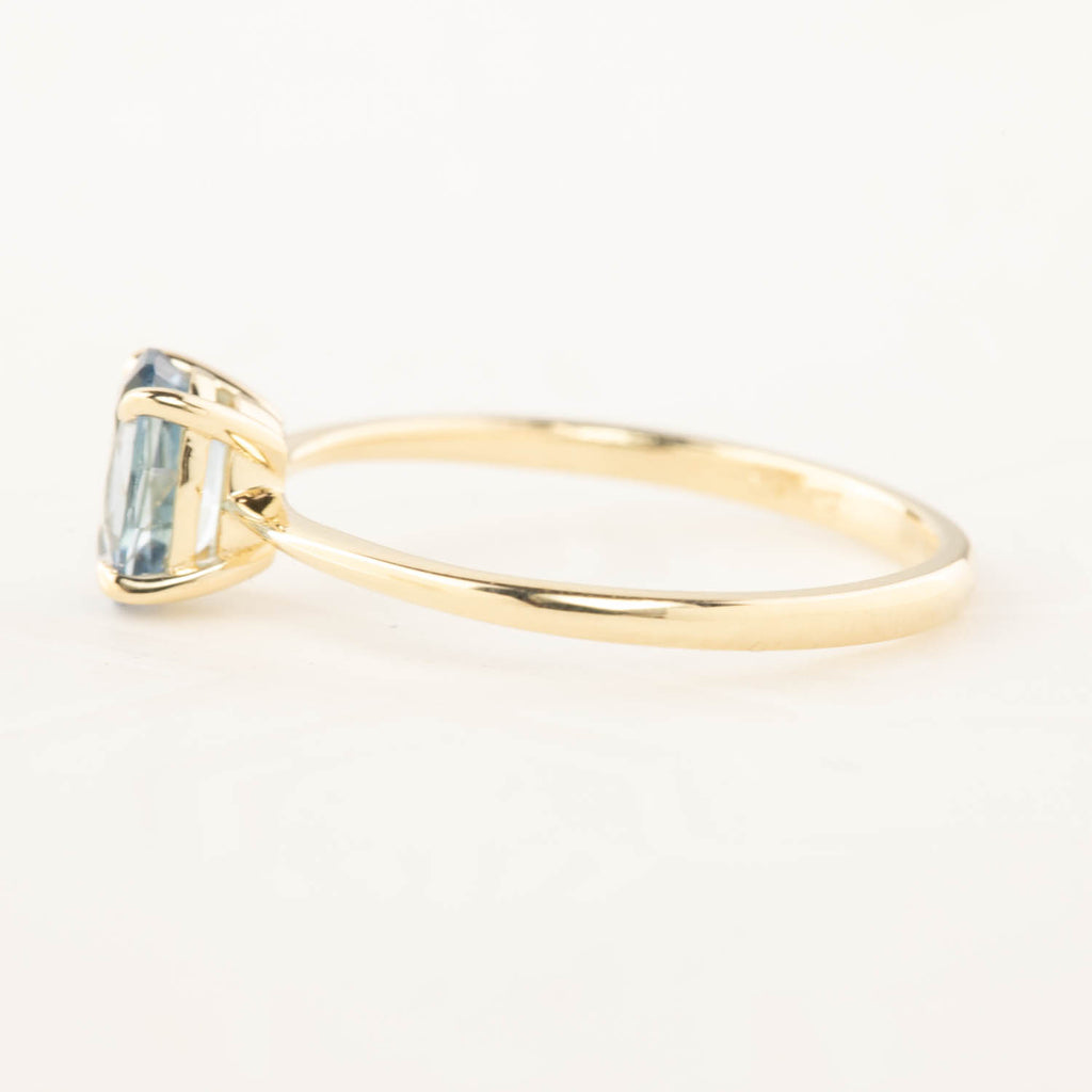 Nina Ring - 0.98ct Blue MontanaSapphire (One of a kind)
