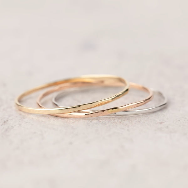 Gold Streaks Midi Ring