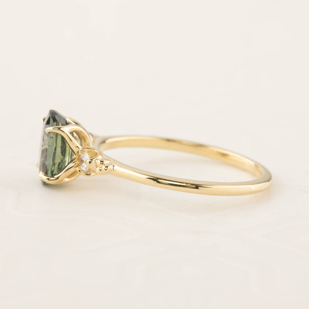 Stella Ring - Green Sapphire (Make your own ring)