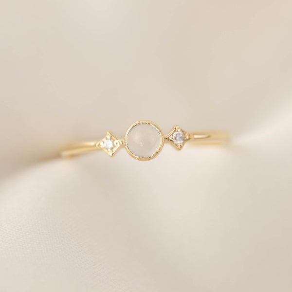 June - Moonstone Star & Moon Ring (4mm)