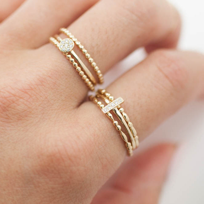 Dainty 5 Diamond Bar Ring