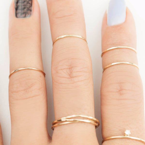 Gold Streaks Midi Ring 0.75mm