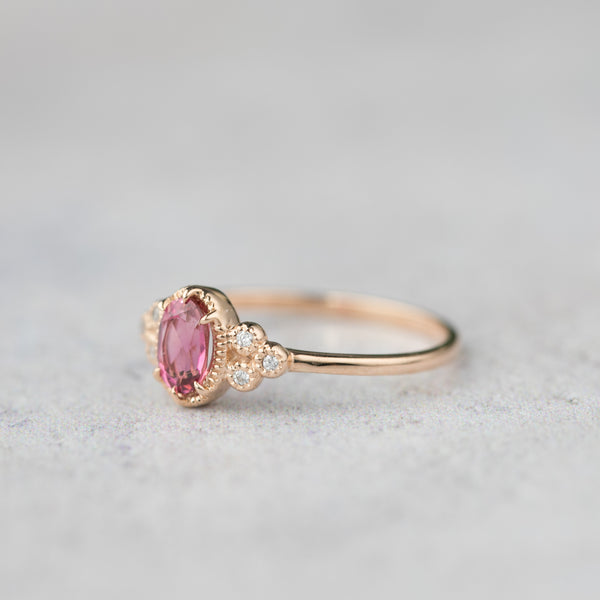 Celine Ring Oval Pink Tourmaline