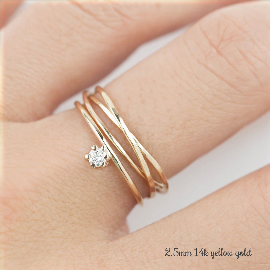 Gold Streaks Diamond Ring