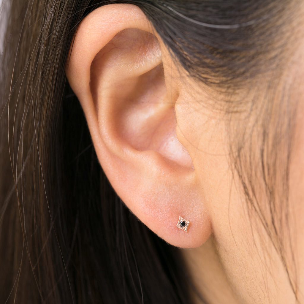 Star Studs -Black Diamond