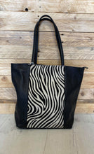 Load image into Gallery viewer, Animal Print Leather Bag