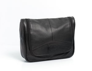 Holborn Leather Hanging Washbag from Rowallan of Scotland