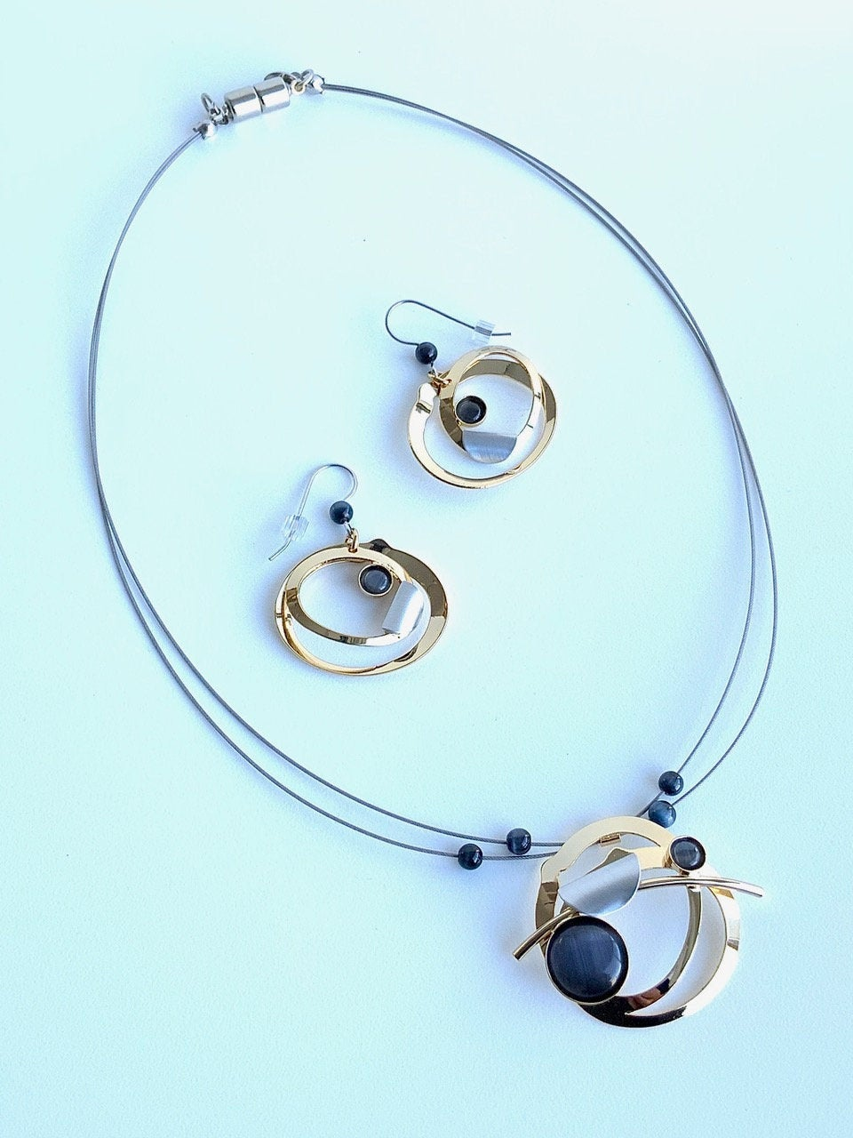 Christophe Poly Wire Necklace Set (F0) with Earrings