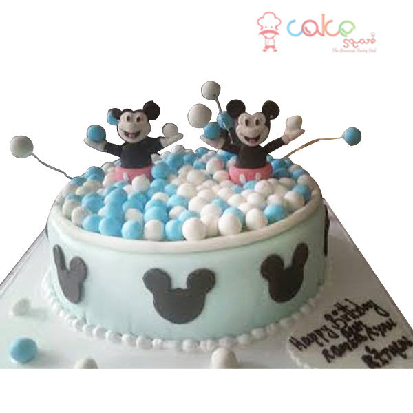 CSDBD585 - Mickey and Minnie Playing